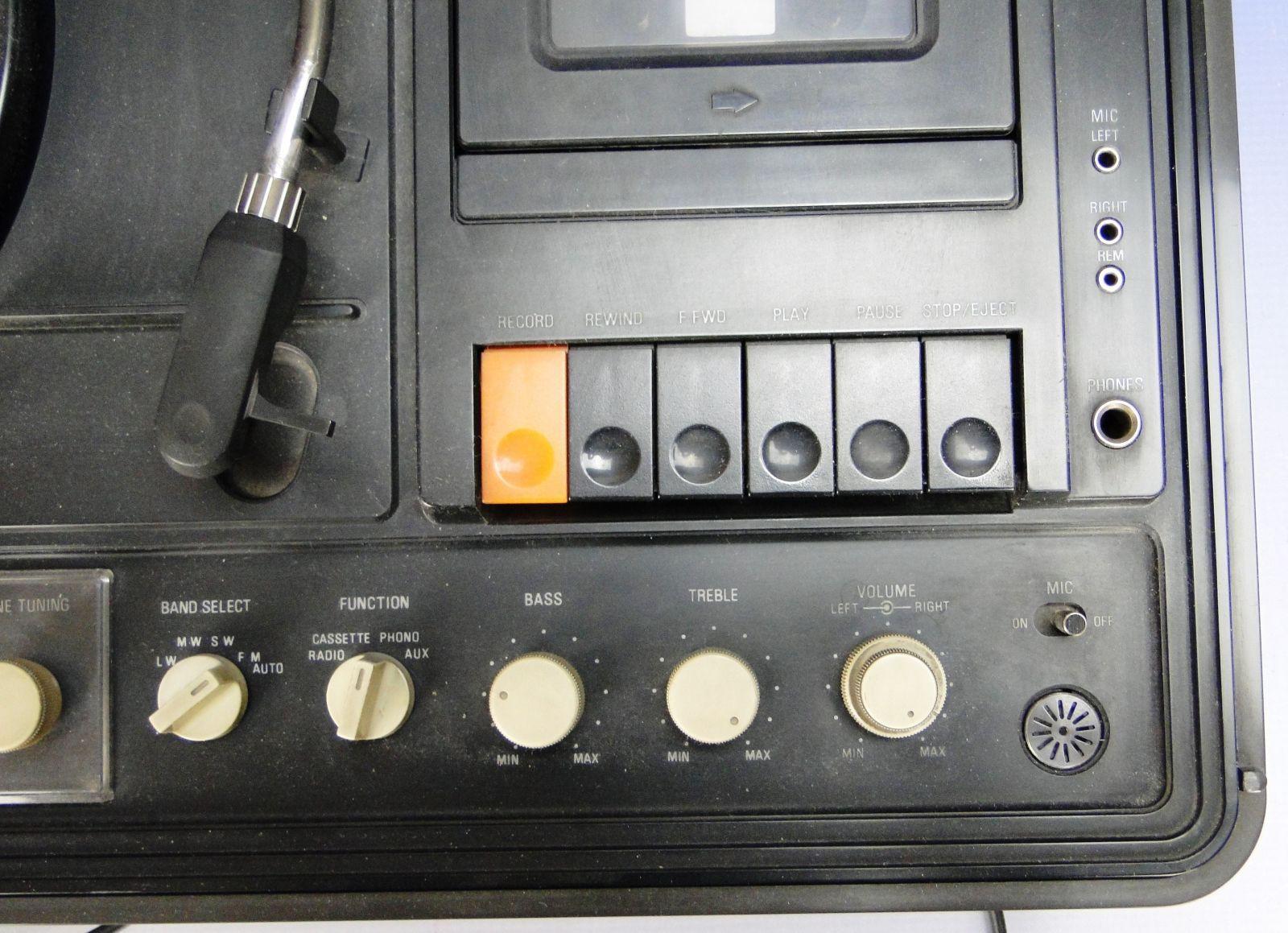 DSC08140.JPG (1600�1159)