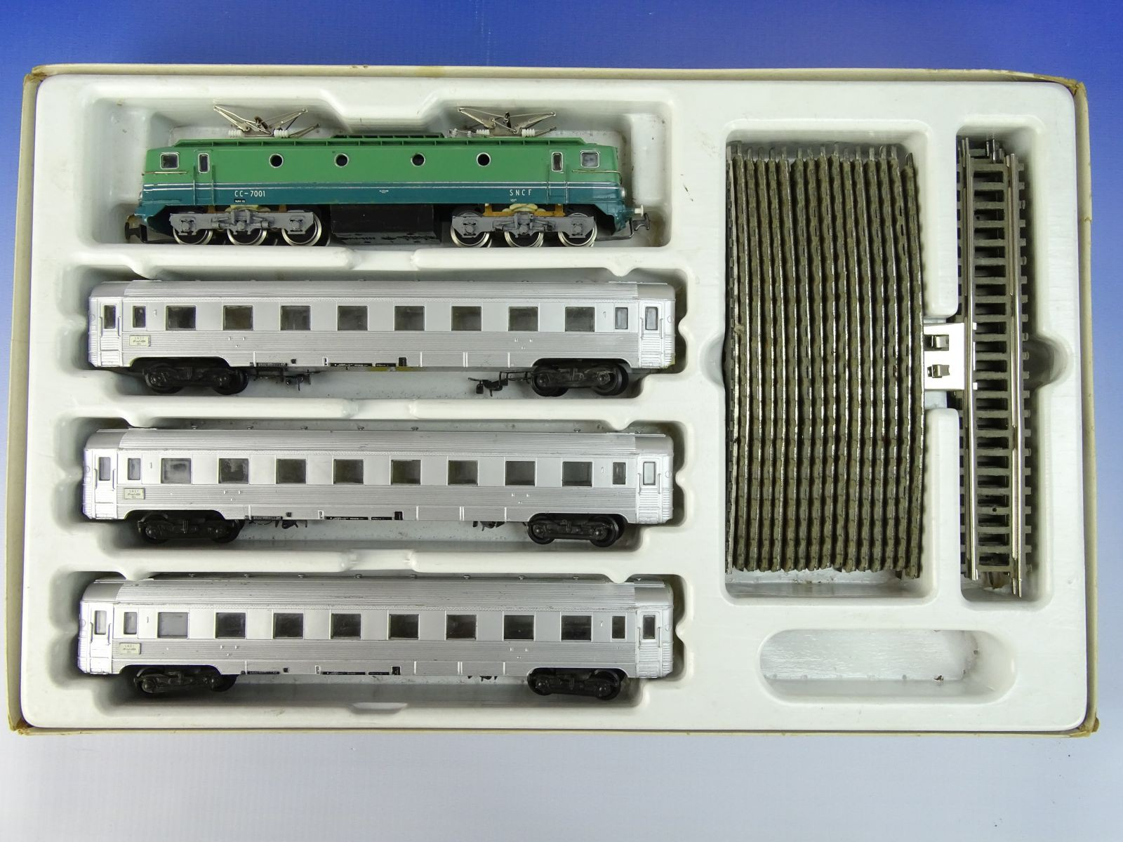 DSC07172.JPG (1600�1200)