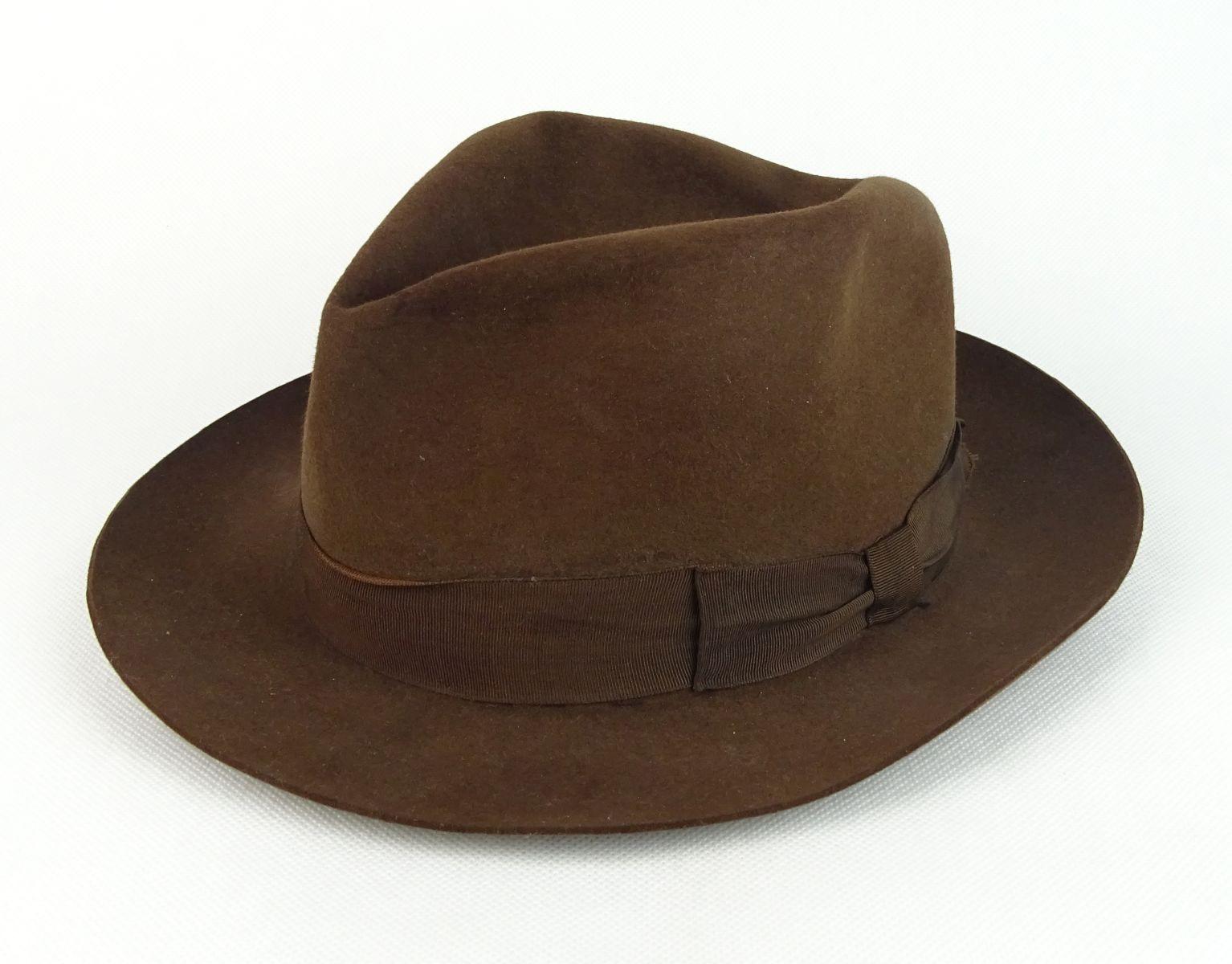 Termékleírás - 0R815 Régi barna Cervantes argentin férfi kalap 73437f70ee
